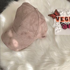 NWT CALIA BY CARRIE UNDERWOOD ADJUSTABLE CAP